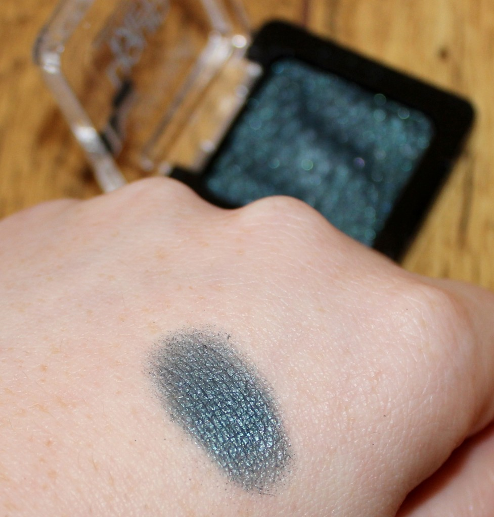 catrice liquid metal eyeshadow 100 what do you sea swatch
