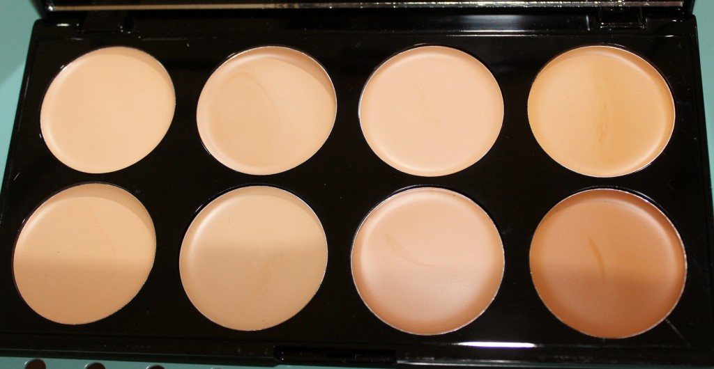 Makeup Revolution Ultra Cover and Conceal Palette