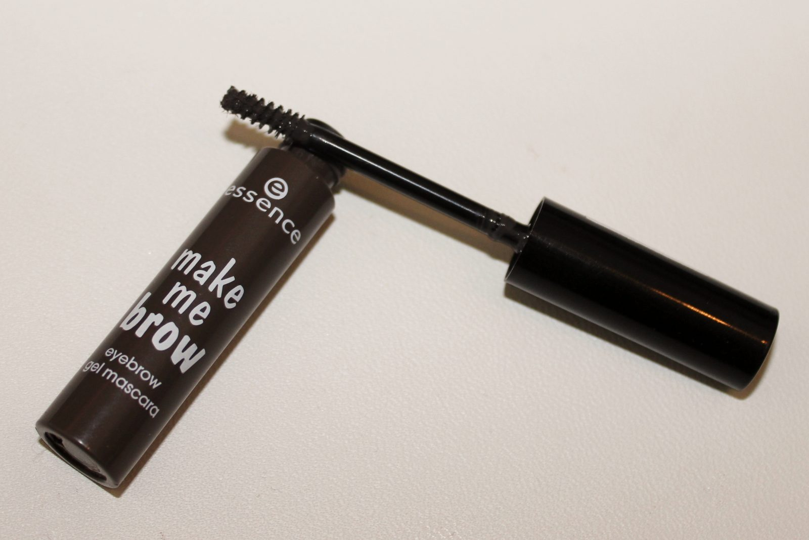 Essence Makeup Me Brow Brow Gel