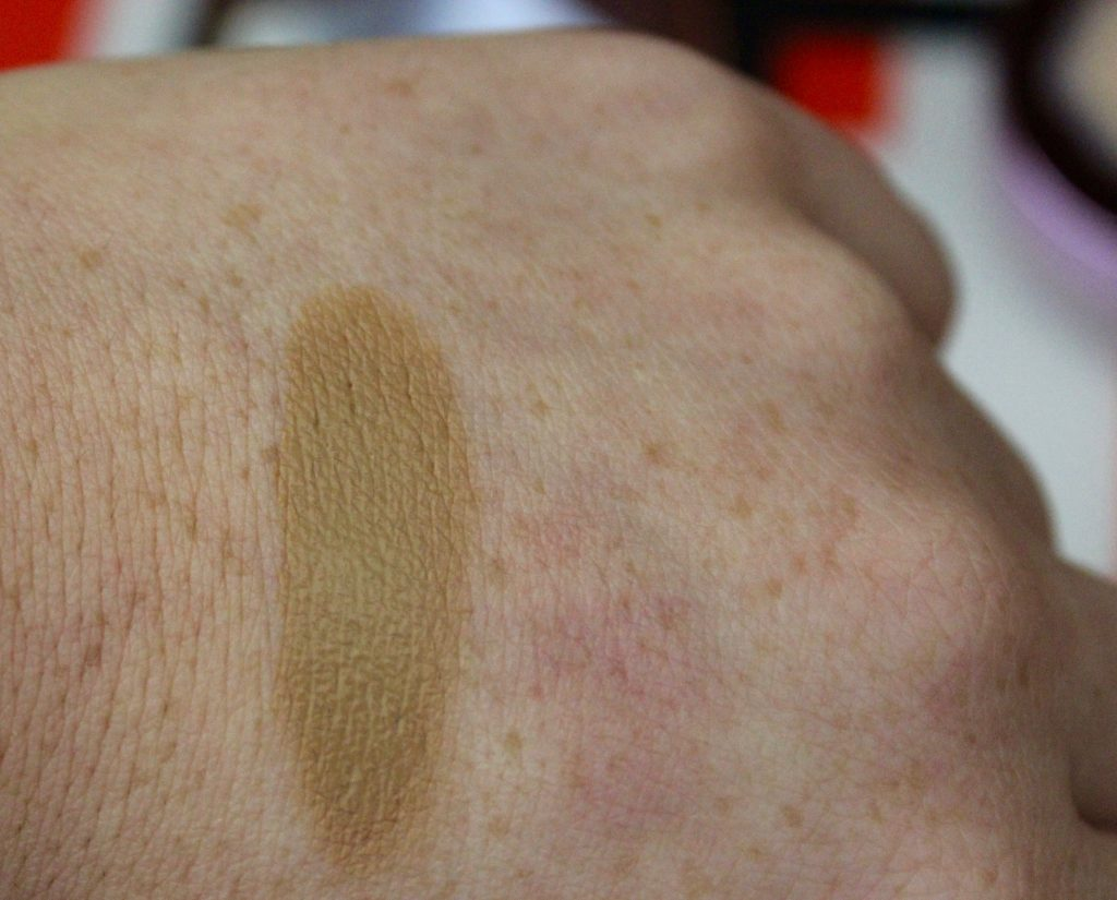 L'Oreal Cream Bronzer swatch